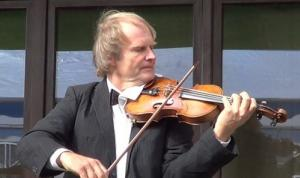 Alexander Dubach, violinist