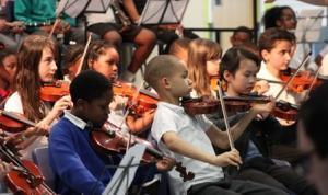Lewisham Hub violinists